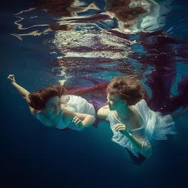 by Dmitry Laudin - People Portraits of Women ( girls, underwater, swim )