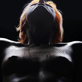 Drops by Vineet Johri - Nudes & Boudoir Artistic Nude ( water, studio lighting, katrina, vkumar photography, silhouette, drops )