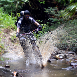 Enduro by Augusta Ika Lesmana - Sports & Fitness Cycling