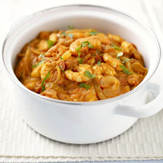Easy Thai prawn curry