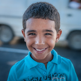 Could you say no to this face? by Jack Brittain - Babies & Children Child Portraits ( street, smile, varadero, boy, cuba )