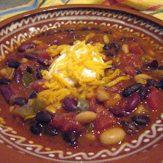 Quick & Easy California 3-Bean Chili