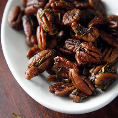 Jessica's Spiced Pecans