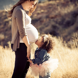 Big Sister Kiss by Alonzo Wright - People Maternity ( maternity, warm, mommy, alicia, beauty, belly, sakaara, photography, sister, love, kiss, tutu, genuine, family, baby, alonzo wright, alonzo, 2013, grass, las vegas, sweet, forever, touch, nevada, calico basin, pregnant, warmth, weeds, brush, , Emotion, portrait, human, people )
