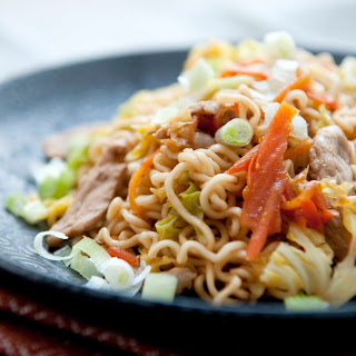 Yakisoba With Pork and Cabbage