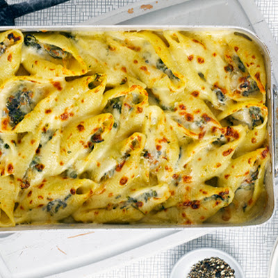 Spinach Stuffed Giant Pasta Shells