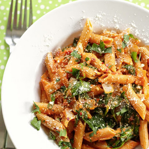 Tomato Pasta With White Wine And Spinach