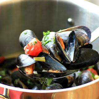 White Wine Garlic Mussels #WeekdaySupper