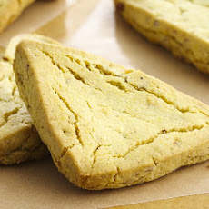 Sweet Curry and Cardamom Cookies