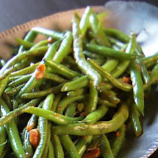 Ginger Garlic Glazed Green Beans