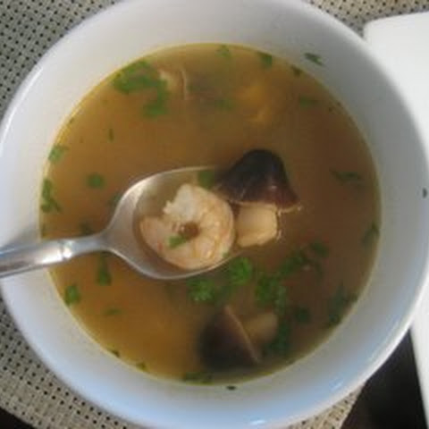 Easy Thai Lemongrass Soup (Tom Yum Goong)