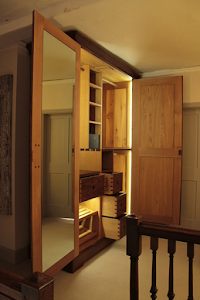Bespoke Armoire - Classic External with Modern Interior, with LED Lighting