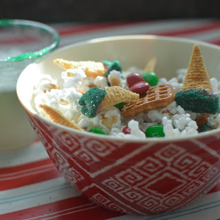 Grinch Movie Night Christmas Snack Mix