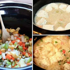 Easy Slow Cooker Chicken & Dumplings