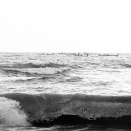 Life against the Tides by Ganesh Natarajan - Landscapes Beaches ( love, beaches, peace, india, marina, beach, chennai )