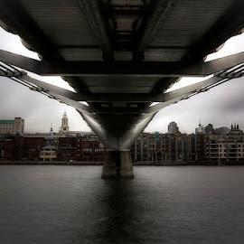 under the bridge II by Emanuel Ribeiro - Buildings & Architecture Bridges & Suspended Structures