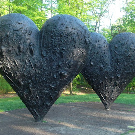 @ hearts by Susan Thomas - Buildings & Architecture Statues & Monuments