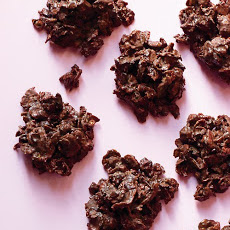 Chocolate-Cherry Clusters