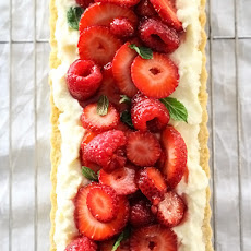 Berry Tart With Lemon Curd Mascarpone