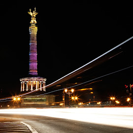 Berlin Nightshot by Christian Bro - Buildings & Architecture Statues & Monuments ( lights, victory, nightshot, long exposure, night, berlin, siegessäule,  )