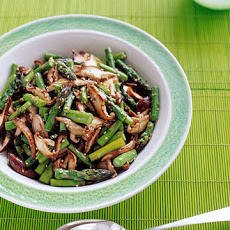 Asparagus and Shiitake Stir-Fry