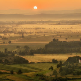Sunrise by Igor Debevec - Landscapes Sunsets & Sunrises ( barje slovenija )