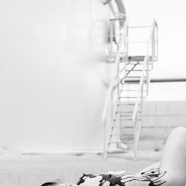 black gold by Kosh Umm - Nudes & Boudoir Artistic Nude ( erotic, black and white, fine art, body art, koshumm, photography, oil, sensual,  )