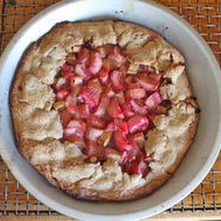 Gluten-Free Rhubarb Pie with Sorghum Crust