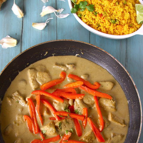 Thai Green Chicken Curry {Served With A Spicy Couscous Pulao}