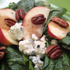 Bleu Cheese and Roasted Pecan Salad