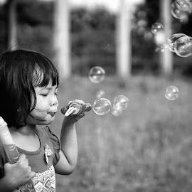 Bubble Time.. by Dimas Pamungkas - Babies & Children Children Candids ( #bubbles #candid #kids #daughtet #black and white )