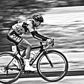 by Mike Ross - Sports & Fitness Cycling