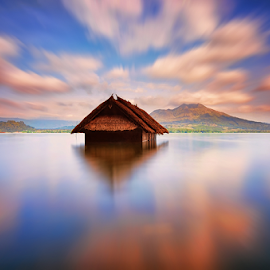 The Dead Chase by Hendri Suhandi - Landscapes Cloud Formations ( clouds, bali, kintamani, hut, batur, caldera, lake, travel )