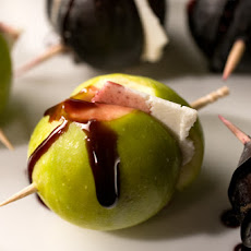 Ricotta Salata–Stuffed Figs with Port Reduction Recipe