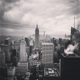 Top of the rock view by Manickavasagam Shanmugam Annamalai - Instagram & Mobile Android ( find7a, rockefeller, oppo, newyork )