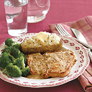 Pork Chops with Mustard Sauce