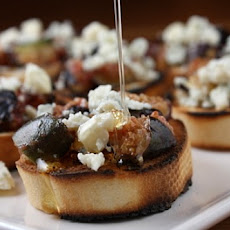 Grilled Fig Bruschetta
