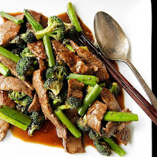 Chinese-American Beef and Broccoli With Oyster Sauce