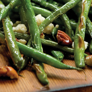 Alder Planked Green Beans with Blue Cheese