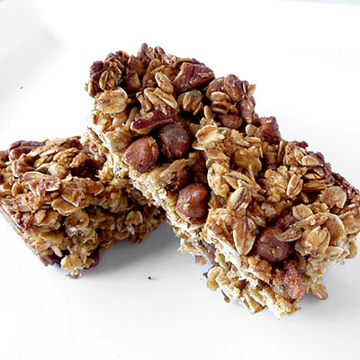 Pumpkin Cinnamon Chip & Pecan Granola Bars