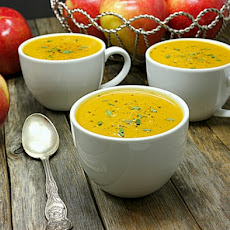 Sweet Potato and SweeTango Apple Soup