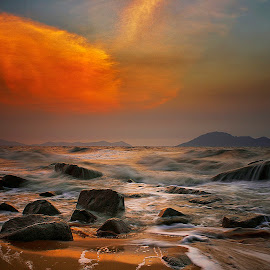 hurricane season by Dany Fachry - Landscapes Beaches ( indonesia, sea, seascape, beach, hurricane, westborneo )