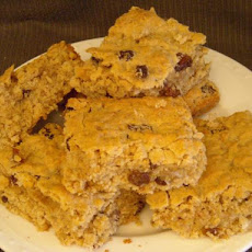Oatmeal and Raisin Spice Cookie Bars