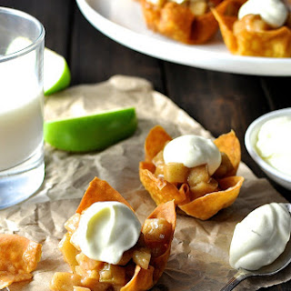 Mini Apple Pie Wonton Cups