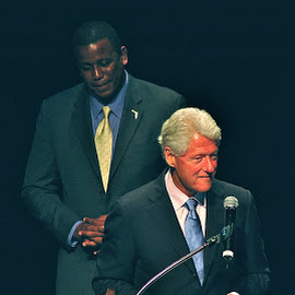 Bill Clinton and Kendrick Meek by Mary Gemignani - News & Events Politics (  )