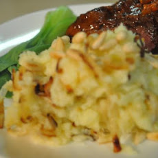 Mashed Potatoes with Onions and Pine Nuts