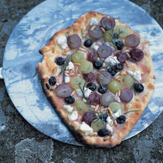 Green & Red Grapes, Rosemary, Pine Nuts & Ricotta Pizza Topping