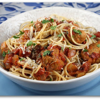 Spaghetti with Turkey Meatballs in Spicy Tomato Sauce