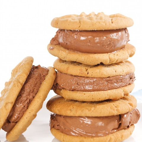 Peanut-Butter and Chocolate-Ice-Cream Sandwich Cookies