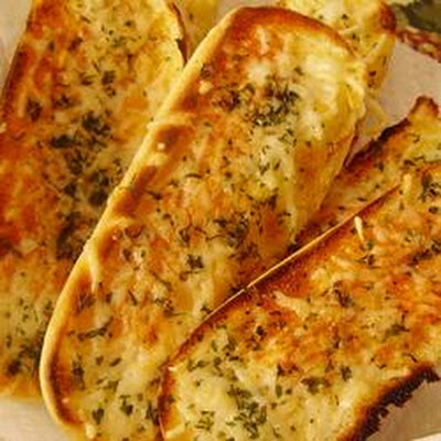 Quick Garlic Breadsticks